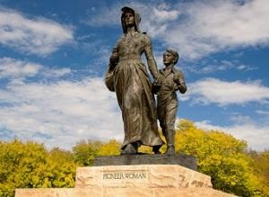 Pioneer Woman statue, Oklahoma Pioneer Woman Museum